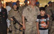 Jandarma'dan silah sergisi ve eğitimli köpek gösterisi