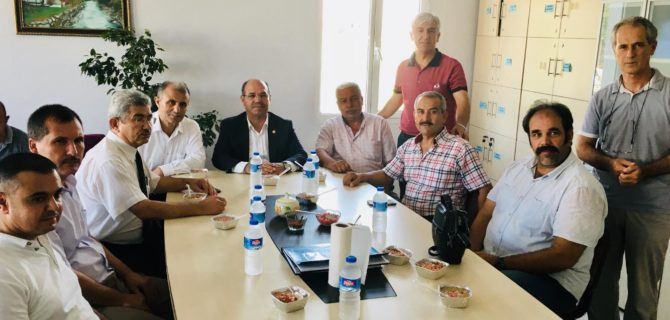 Mehmet Nuri Arıoğlu ilkokulunda  aşure dağıtıldı