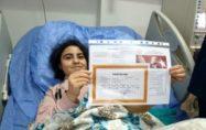 Engelli ve böbrek hastası öğrenci, karnesini tedavi gördüğü hastanede aldı