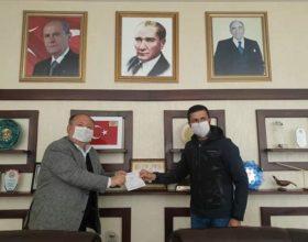 """Başkan Tarhan'dan """"BİZ BİZE YETERİZ TÜRKİYEM"""" kampanyasına 1 maaş desteği.."""