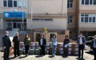 İstiklal Ortaokulundan 60 aileye gıda yardımı