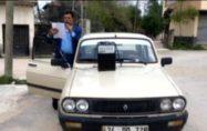 Muhtar otomobiline hoparlör bağlayıp korona tedbirlerini anlattı